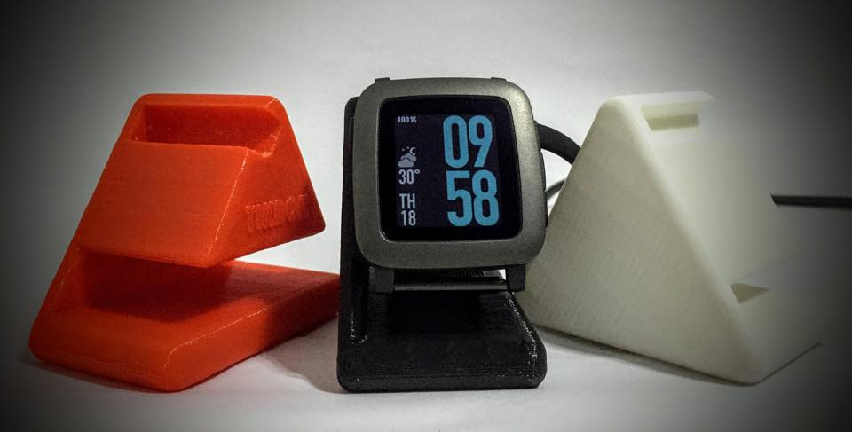 The best docking stations for Pebble Time